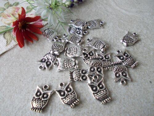 OWLS 20 X OWL TIBETAN SILVER COLOURED METAL CHARMS//PENDANTS