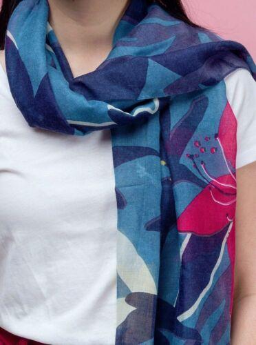 Titre en gras Hibiscus tropical fleur imprimé bleu écharpe femme femmes cadeau