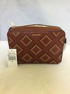 0180dc424273fe Michael Kors Jet Set Travel East West Diamond Grommet Crossbody Bag ...