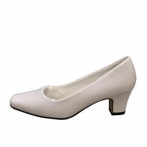 White Women's Low Heel Classic Pumps