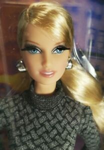 NRFB-BARBIE-N55-THE-LOOK-CITY-SHOPPER-BLONDE-LARA-MODEL-MUSE-MIB-MATTEL-DOLL