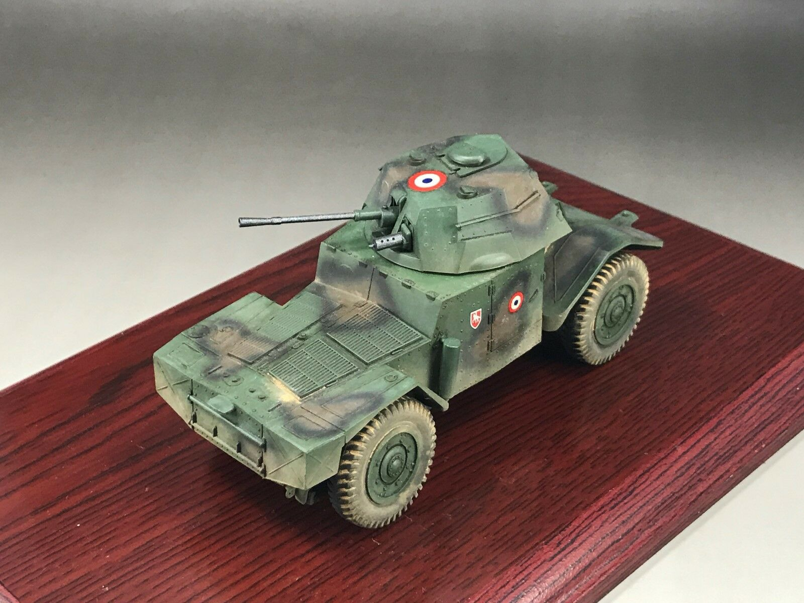 1 35 Built Dragon WWII French Panhard 178 AMD35 Armored Car Model