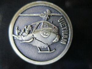 Australian-Vietnam-War-Huey-Copter-Badge-Lapel-Pin