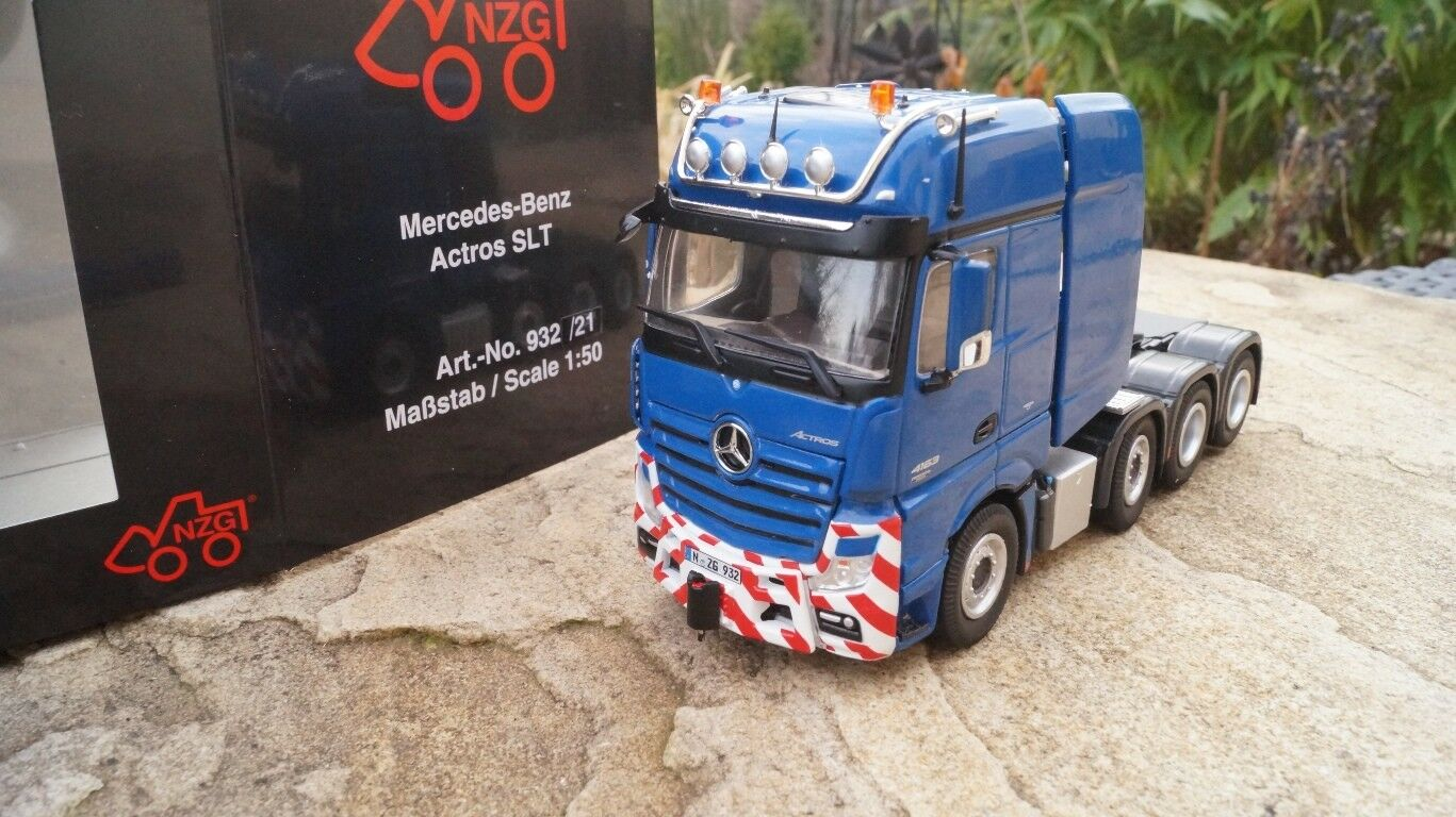 NZG 932 60 Mercedes Benz Actros SLT Gigaspace bluee NEW