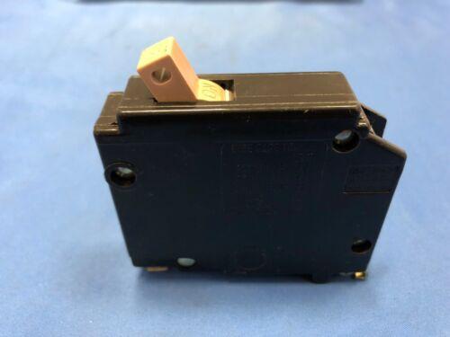 CUTLER HAMMER LM 8941 30 AMP CIRCUIT BREAKER