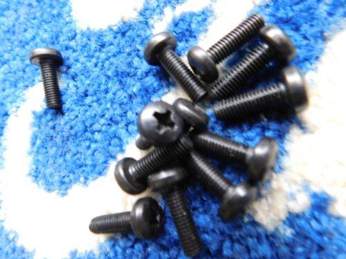 12 X  FORD ESCORT MK2  FRONT GRILLE   RETAINING  SCREWS