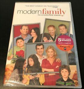Modern-Family-The-Complete-Season-1-DVD-Brand-New-Sealed-4-Disc-set
