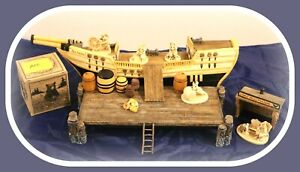 Wee-Forest-Folk-Sea-Edgarton-Scrimshaw-Crew-Peapod-Whale-Boat-Ship-DISPLAY
