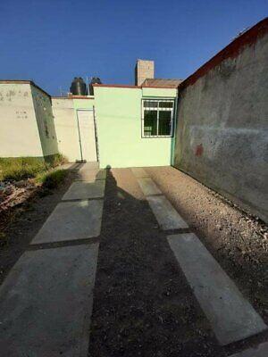 Casa de un nivel en venta en fraccionamiento Colinas del sol