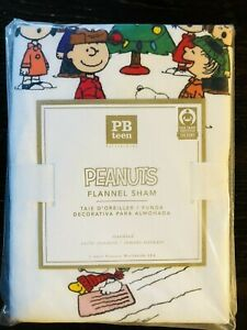 Pottery Barn Teen Peanuts Sham Christmas Flannel Snoopy