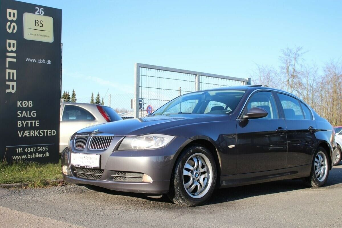 BMW 325i 2,5 aut. 4d