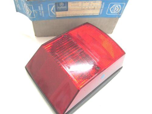 Neu Original Piaggio Vespa PK50 PK80 PK125 Pk 50 80 125 Rück Licht Pn 215966