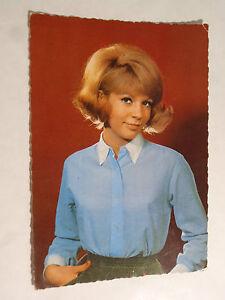 Vintage-Postcard-by-Sophie