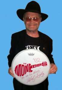MICKY-DOLENZ-DIRECT-2U-14-034-DRUM-HEAD-FOR-YOUR-LOVED-ONE-SIGNED-034-AS-WE-GO-ALONG-034