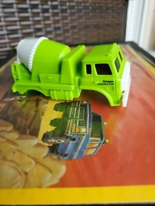 Vintage-Schaper-Stomper-REDI-MIX-Cement-Truck-Rare-Clean-Unbroken-Body