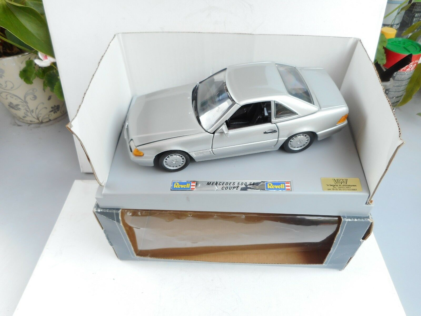 REVELL 1 18 DIE-CAST MERCEDES BENZ 500 SL COUPE  CABRIO  NM  DEALER BOX