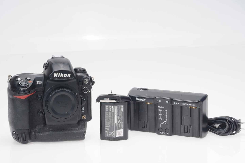 Nikon D D3s 12.1MP Digital SLR Camera - Black (Body Only) | eBay