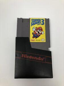 VINTAGE NES SUPER MARIO BROS 3 GAME CARTRIDGE W/ NINTENDO SLEEVE - MADE IN JAPAN