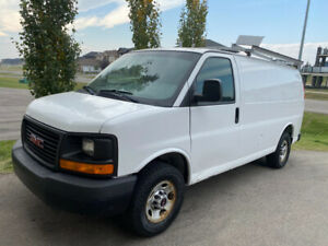 2012 GMC Savana 2500 / Cargo Van