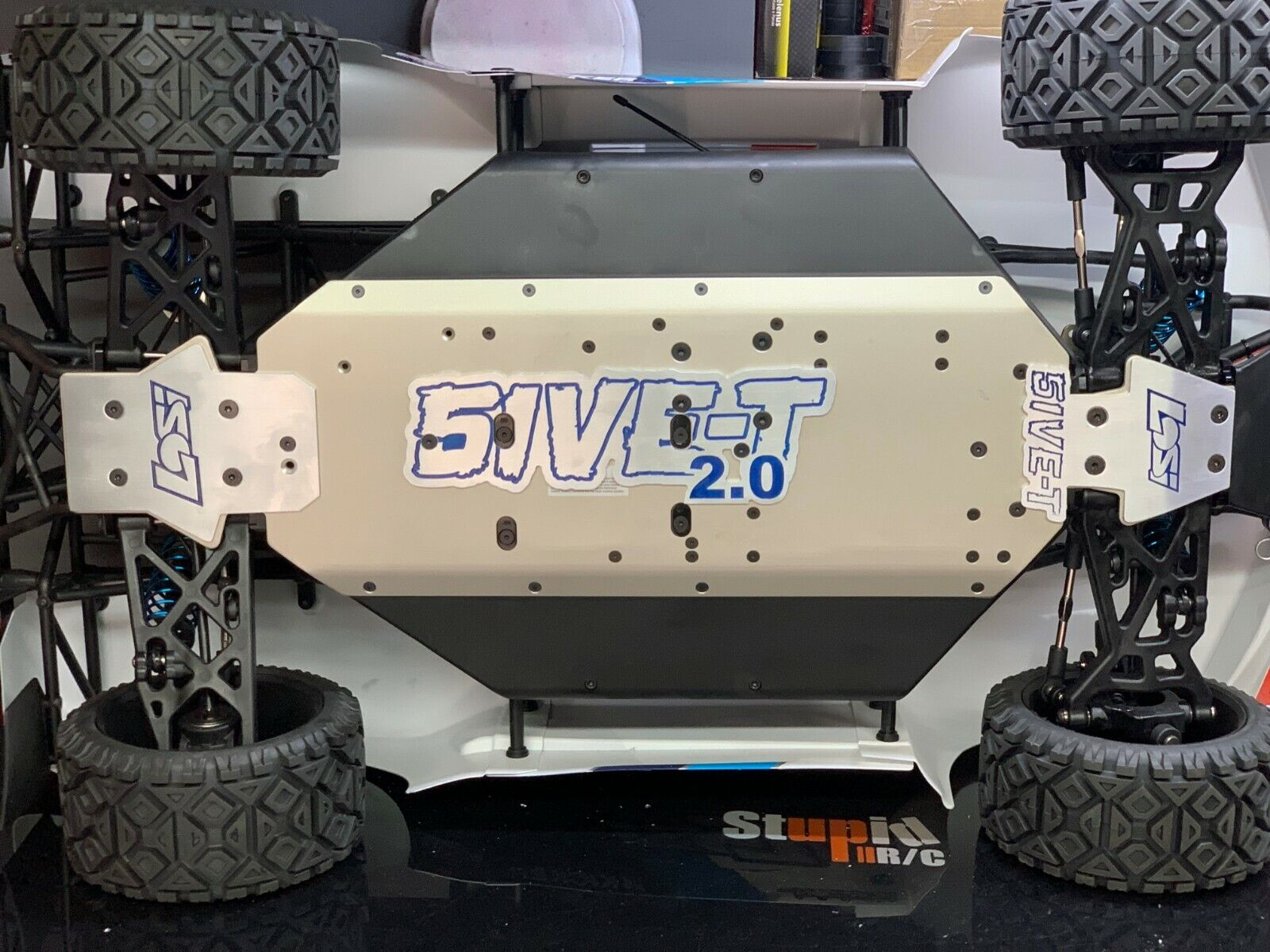 Skid plate chassi for Losi  5ive 5t 2.0  consegna veloce