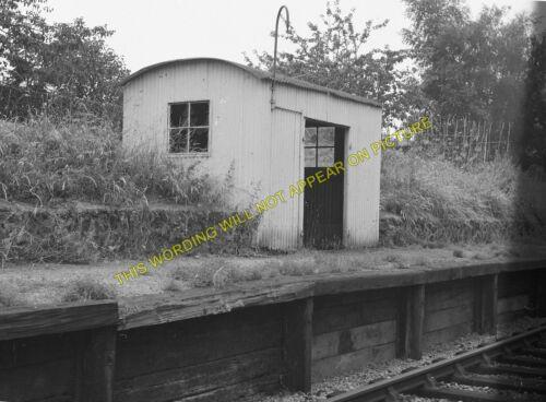 Pans Lane Railway Station Photo 2 Patney /& Chirton GWR. Devizes