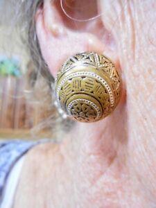 Authentic-Vintage-1950-039-s-Gold-Tone-Damascene-Clip-Earrings