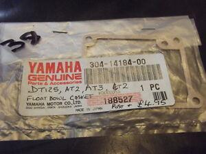 YAMAHA-DT125-AT2-AT3-FLOAT-BOWL-GASKET-304-14184-00-NOS-38