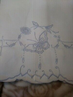 """Antiques Bed & Bath Linens Tireless Beautiful Butterfly Madeira Embroiderd White Linen Hand Towel 14"""" X 20 1/2"""" Elegant Appearance"""