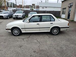 1990 BMW Série 3 325ix