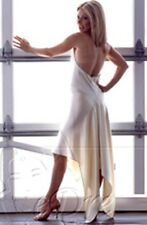 jolie robe de soirée party cocktail mariage blanche avec bijoux t36 neuve
