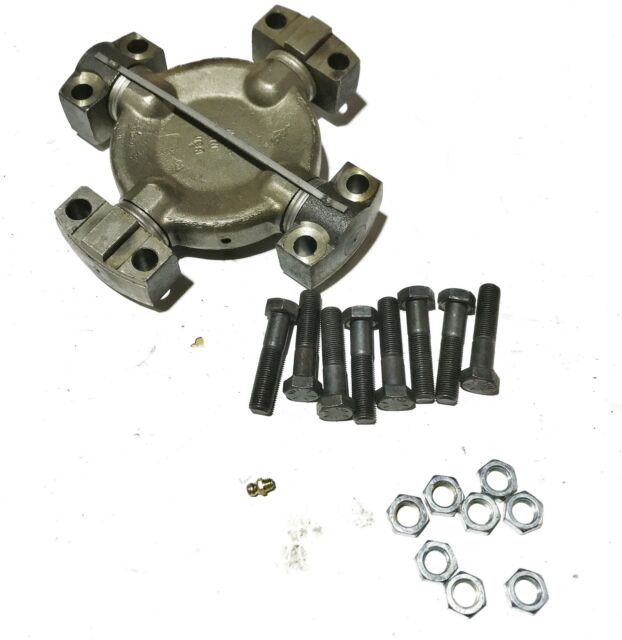 Neapco U-Joint Assembly 6-8113 NOS