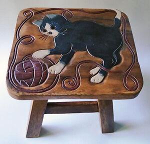 BLACK CAT WITH BALL OF YARN WOODEN FOOTSTOOL - KITTEN FOOT STOOL