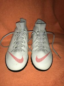 Nike-Mercurial-Garcon-039-S-CHAUSSETTE-Astro-Turf-Football-Baskets-Taille-UK-2-EUR-34