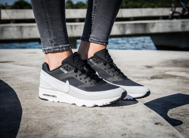 Nike Air Max Zapatillas Clásico Bw Ultra para mujer 819638-001 Negro Blanco Zapatillas Max Raro 5694e9