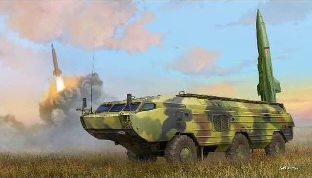 Hobby Boss 3485509 9K79 Totschka (SS-21 Scarab) IRBM 1 35 Rakete Modellbausatz  | Charmantes Design