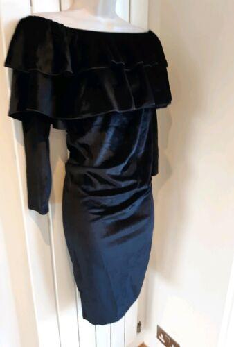 BNWT BOOHOO lovely maternity black velvet type off shoulder bardot dress size 12