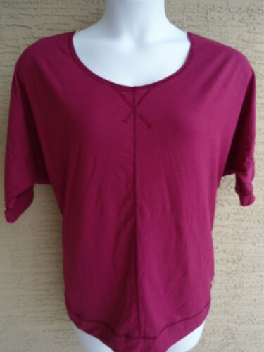 NEW JUST MY SIZE 1X SOFT JERSEY KNIT 3//4 DOLMAN SLEEVE TEE TOP BERRY
