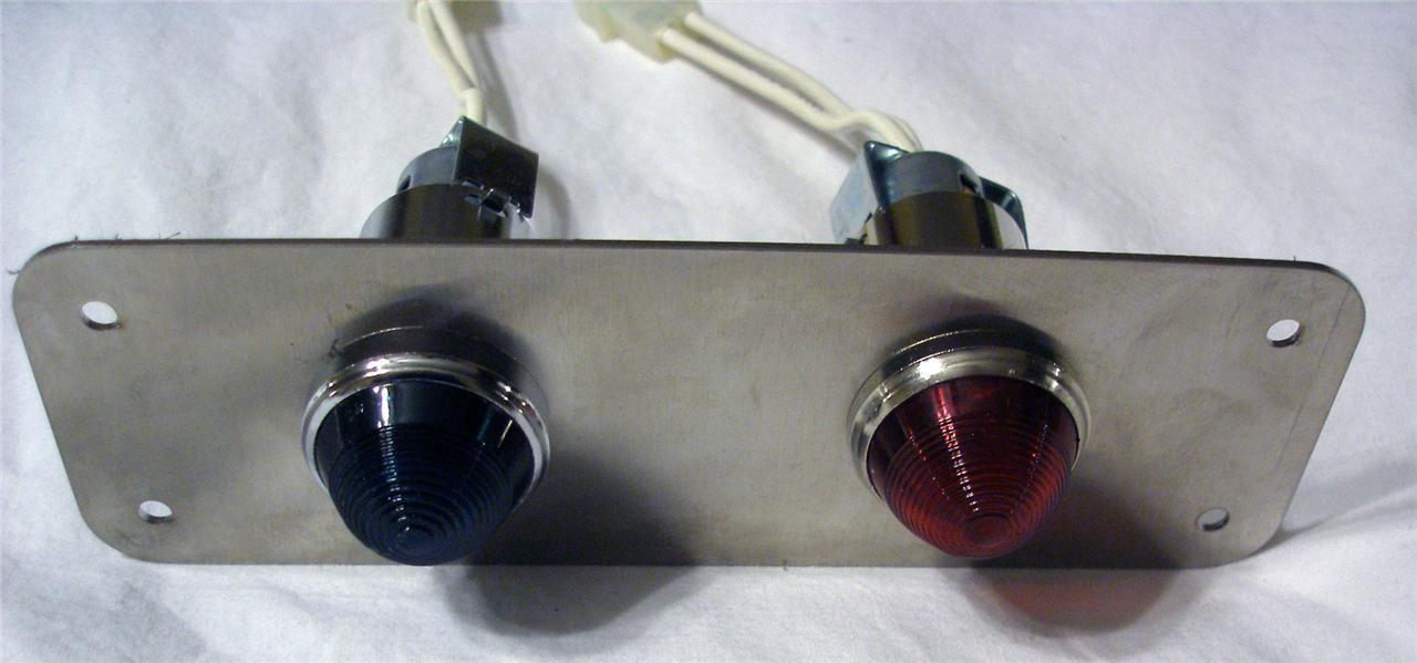 Red//Green Light Panel 84 VDC 4-LED Cluster Bulbs Lamp Lens Cap Assemblies