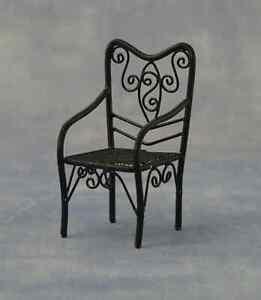 1/12 Dollshouse Jardin Patio Fil Noire Chaise-afficher Le Titre D'origine Pour Classer En Premier Parmi Les Produits Similaires