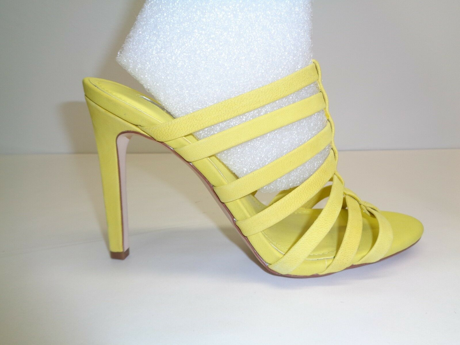 Bcbg Bcbgeneration tamaño 6 M Callie Nuevos Mujer Zapatos Sandalias De Cuero Amarillo