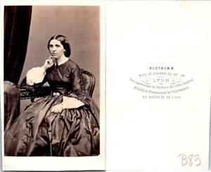Victoire-Lyon-Madame-Ancelle-circa-1860-Vintage-CDV-albumen-carte-de-visite