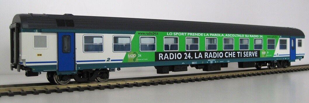 AG30 3189I - VITRAINS in ESCLUSIVA AGOMODEL CARROZZA MDVE RADIO24, LTD  1, ILLUM