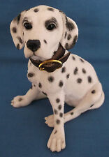 COUNTRY ARTISTS DALMATIAN DOG WITH COLLAR SITTING DOWN FIGURINE ENGLAND