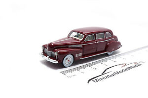87441-bos-models-cadillac-fleetwood-75-Touring-Sedan-rojo-oscuro-1941-1-87