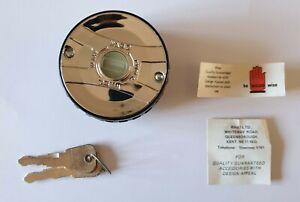 VINTAGE-WASO-LOCKING-PETROL-CAP-FOR-PEUGEOT-504-404-BOXED-UNUSED-2-KEYS