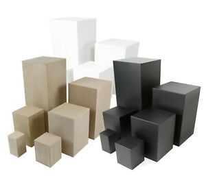 Sockel-Podest-Dekosockel-Galeriesockel-Blumensaeule-Holzsockel-weiss-schwarz