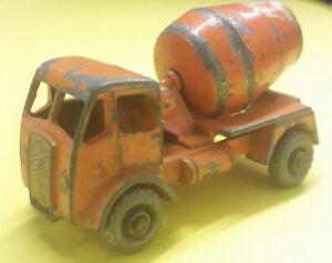 Matchbox Lesney ERF Cement Mixer No26