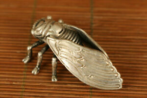 Collectible-Old-Tilbet-silver-Handmade-Carved-Cicada-Statue-netsuke