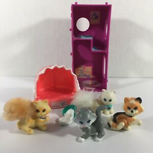 Vintage-Littlest-Pet-Shop-Cats-Cat-Climbing-Tower-amp-Cat-Bed-Persian-Kenner-1990s