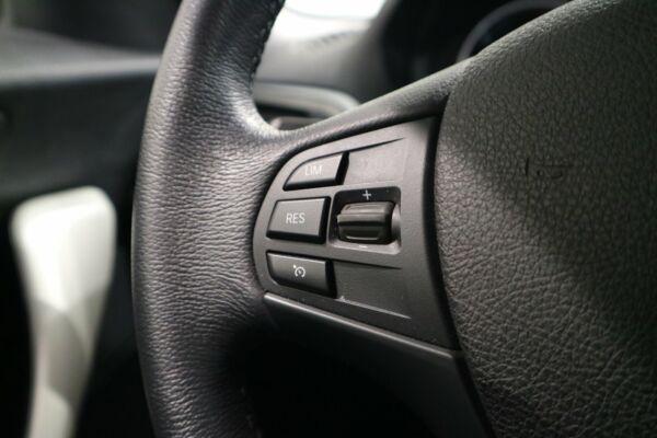 BMW 118d 2,0 Connected aut. - billede 4